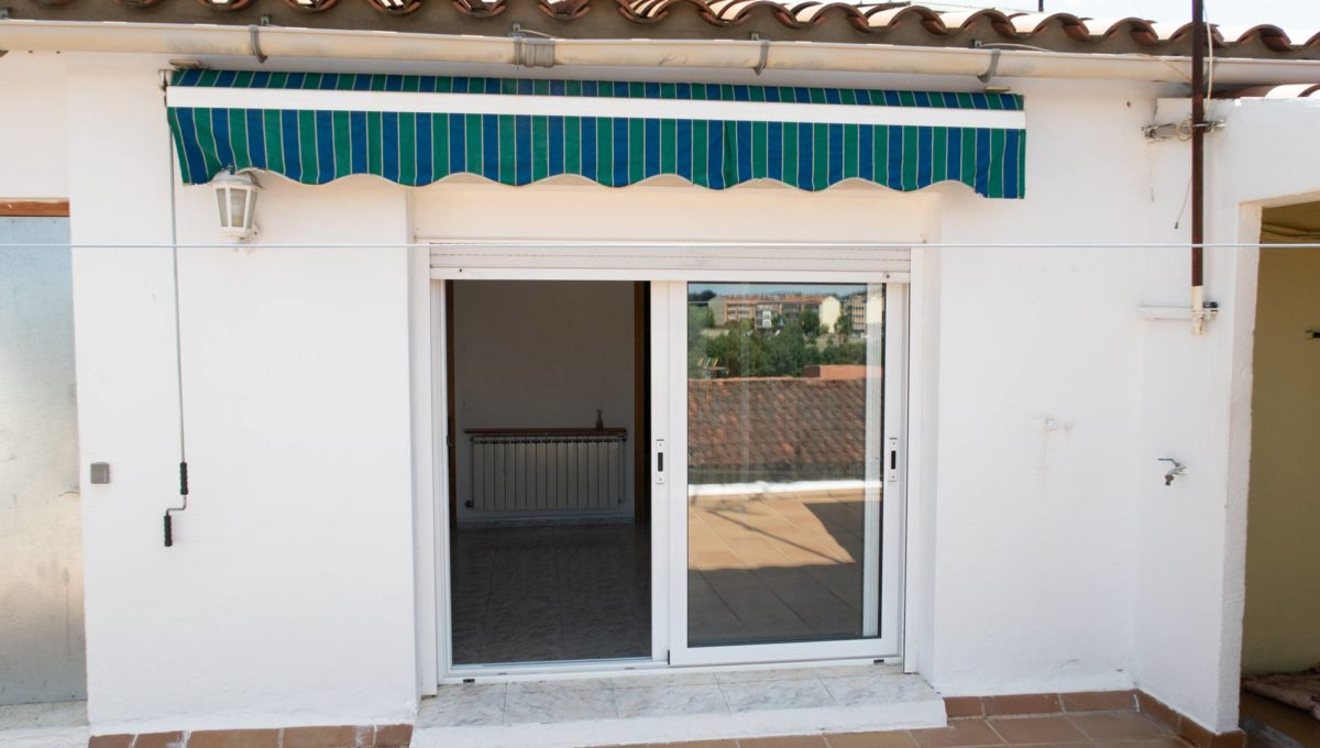finques_mcaro_casa_barrio38