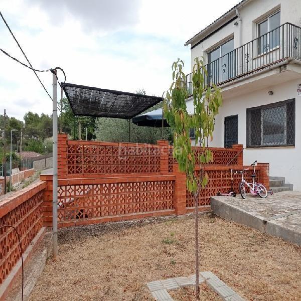 casa-con-vistas-a-montserrat-y-piscina-en-venta-cabrera_d_igualada_14584-img294-151105003G